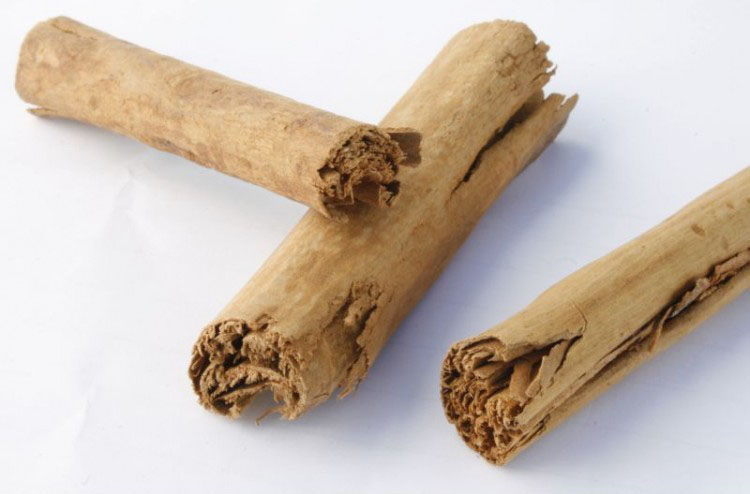 cinnamon-sticks-ceylon-750x650-3.jpg