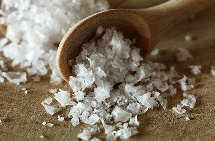 Sea-salt-flakes.jpg